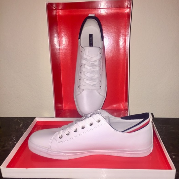 Tommy Hilfiger Lou Laceup Sneaker